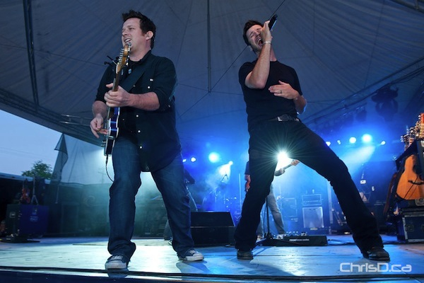 Emerson Drive performs Saturday, June 11, 2011 at the Niverville Old Tyme Country Fair. (TED GRANT / CHRISD.CA)