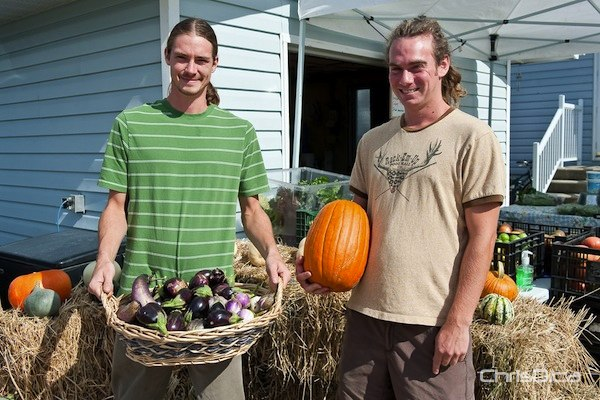 Tyson and Drew from Blue Lagoon Organics in St. Francois Xavier display their organic produce during Open Farm Day in 2011. (TED GRANT / CHRISD.CA FILE)