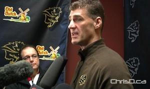 U of M Bison women's hockey coach Jon Rempel (CHRISD.CA)
