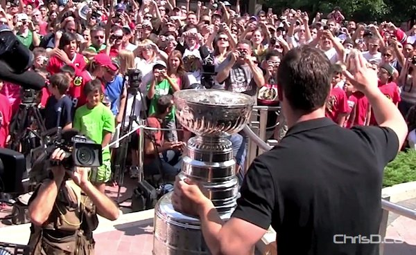 Chicago Blackhawks captain Jonathan Toews shows off the Stanley Cup during a celebration in his hometown of Winnipeg on July 10, 2010. (CHRISD.CA FILE)