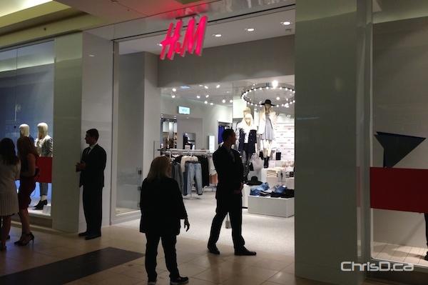 H&M Winnipeg