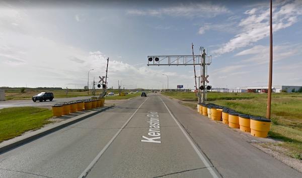 Kenaston Boulevard Railway Crossing
