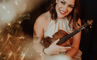 Sierra Noble Opening for Johnny Reid on Cross-Canada Holiday Tour