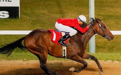 McKague Wins Sifton in a Romp
