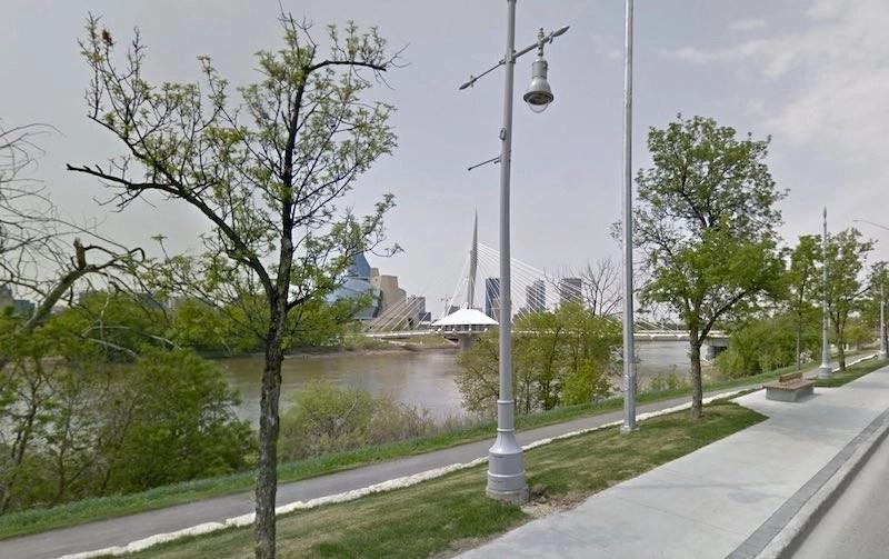 Red River - Tache Avenue