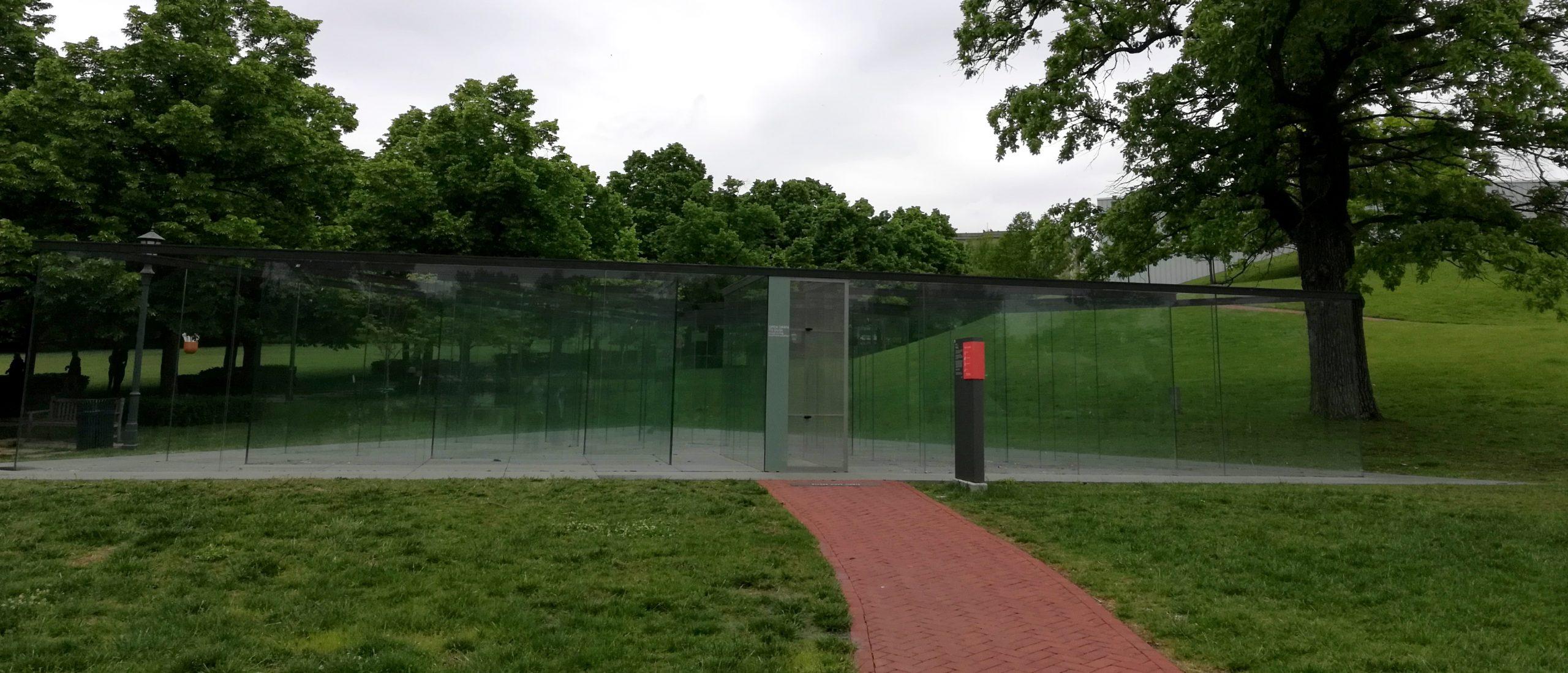 Robert Morris Glass Labyrinth Nelson-Atkins Museum of Art Kansas City KCMO