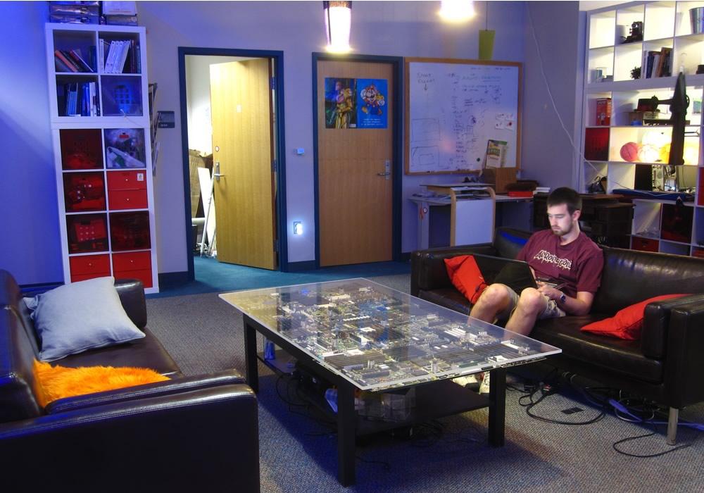Chris Harrison Circuit Table