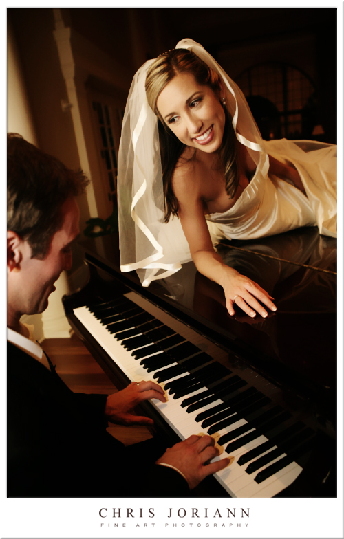 bride groom piano
