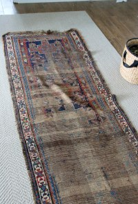 5 Tips for Keeping Area Rugs EXACTLY Where You Want Them ...