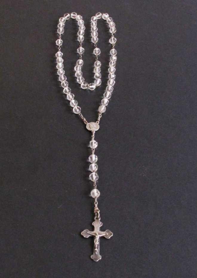 chapelet argent perles verres transp. réparé_o