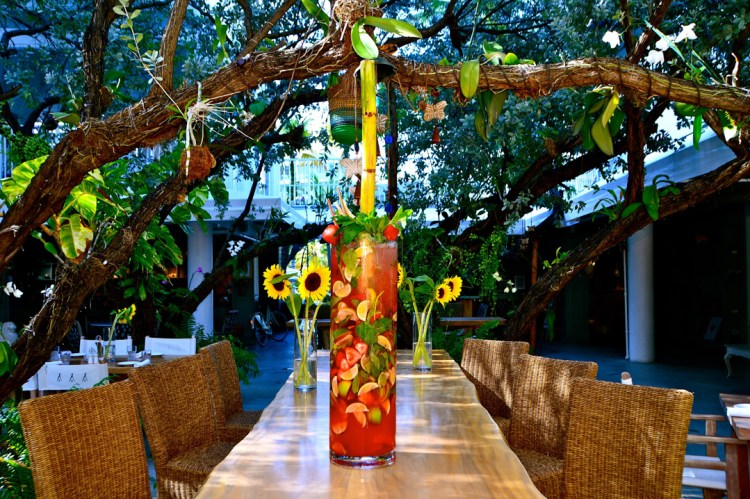$10K Mojito - Nikki Beach $10,000 Strawberry Mojito New Years Eve