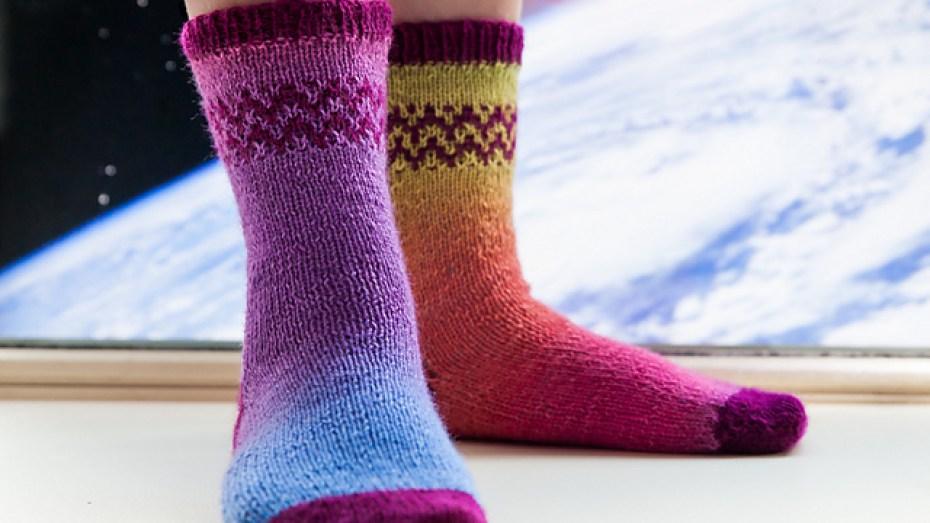 c haussettes-Space-Socks-pointe