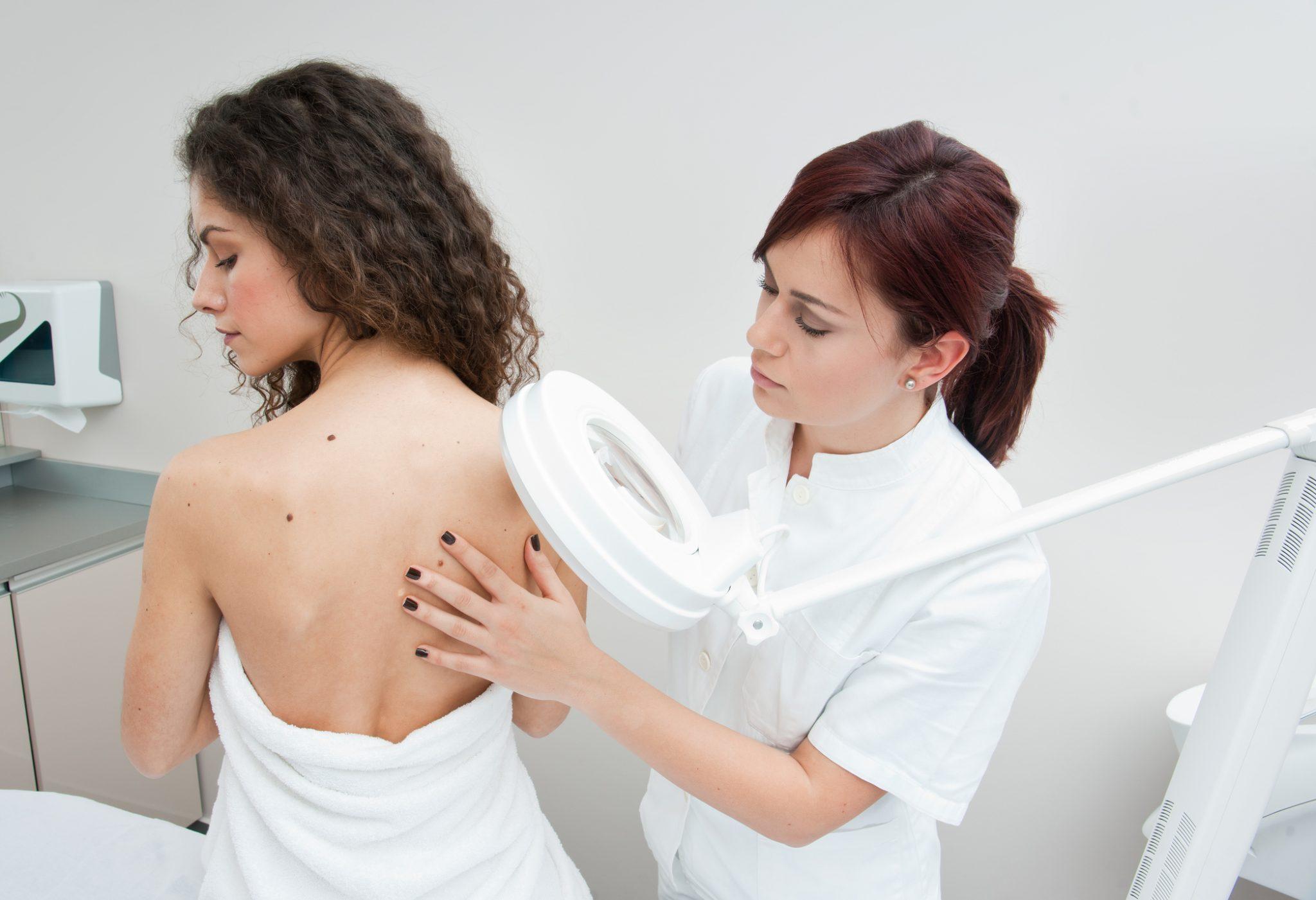 Keratotherapeute Bordeaux _centre-de-soins-bordeaux-problemes-de-peau_slider-image-2