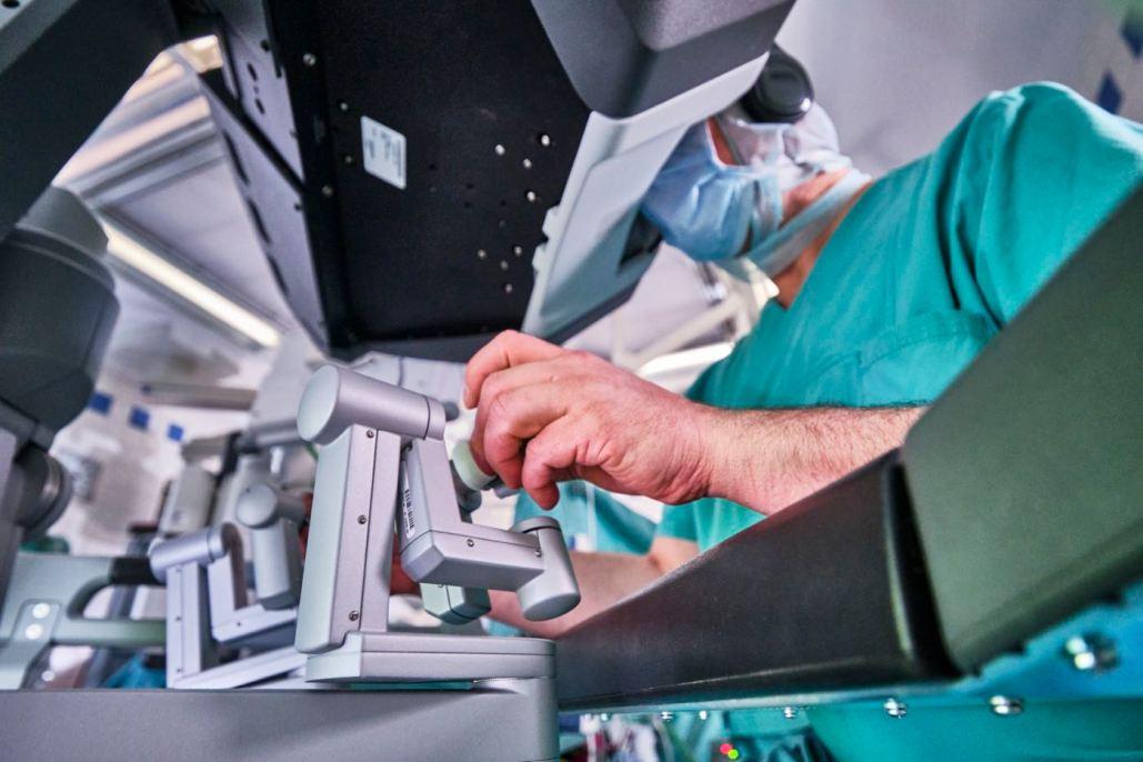 Medizinfotografie, Leverkusen, Köln, Medizinfotograf, Operationssystem, da Vinci, Operation, Roboterunterstützung,