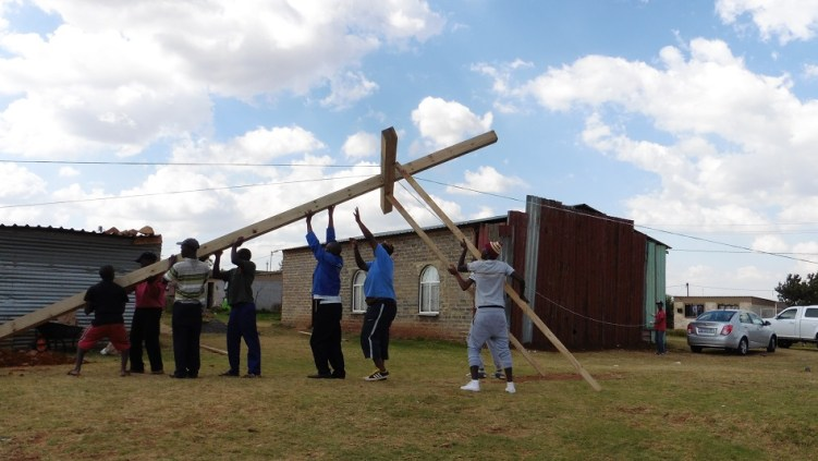 Cross. 0076 Lakeside, South Africa WEB 10