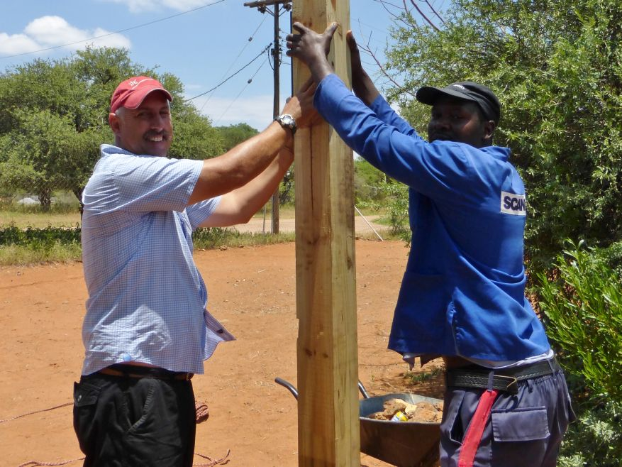 09 Cross 0055 Mochudi, Botswana WEB
