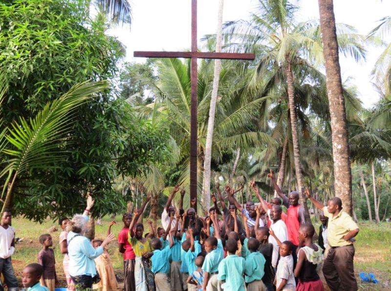 Cross 0027 Mtwapa Kenya WEB 01