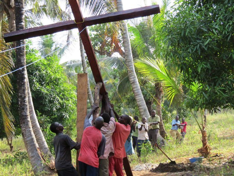 Cross 0027 Mtwapa Kenya WEB 07