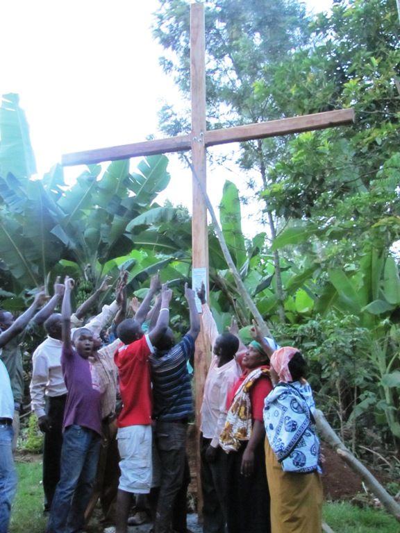 Cross 0042 Tanzania Web 01