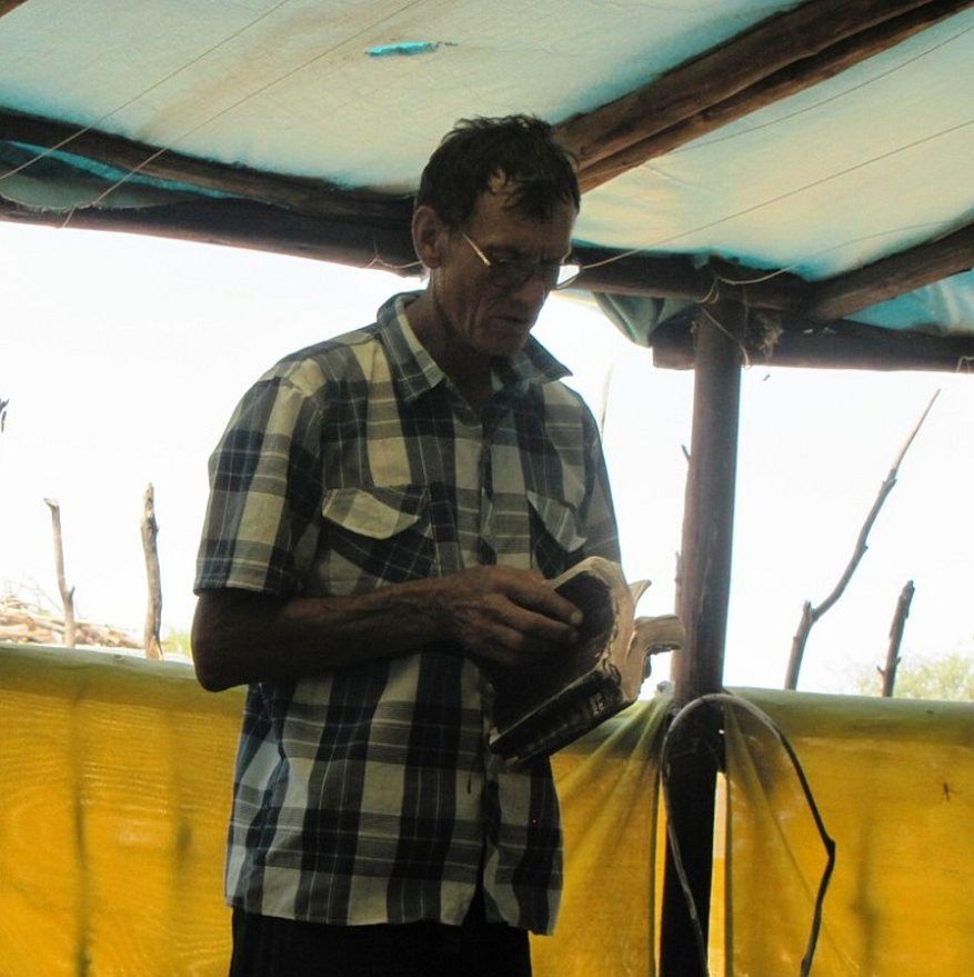 Cross 0043 New Xanagas Botswana Web 12
