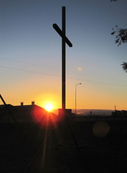 Cross 0049 Somerset West SA web 20