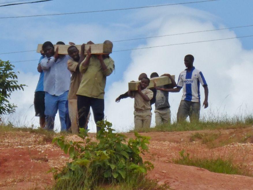 Cross 0059 Mbabane Swaziland WEB 06