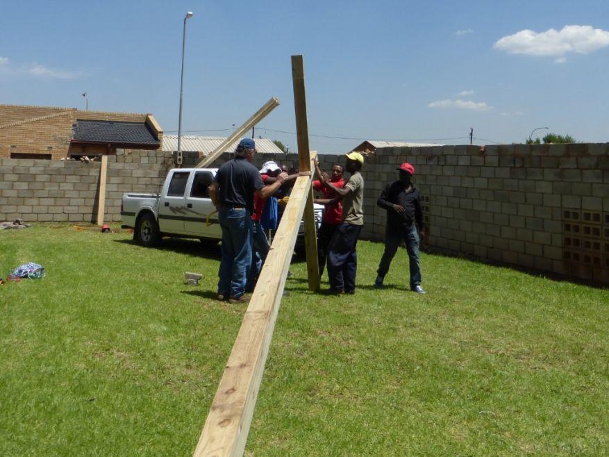 Cross 0063 Soweto - Zola SA Web 12