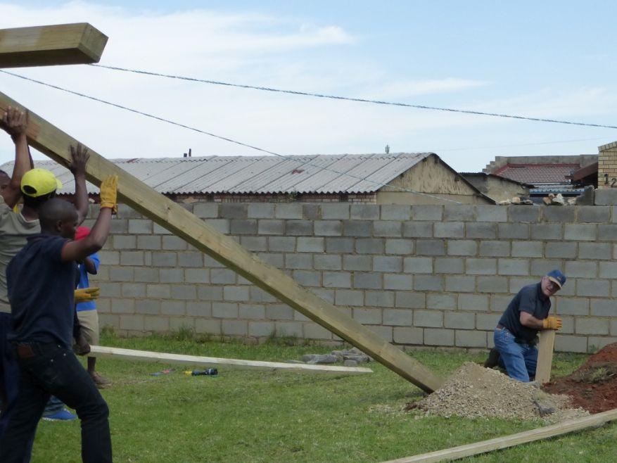 Cross 0063 Soweto - Zola SA Web 17