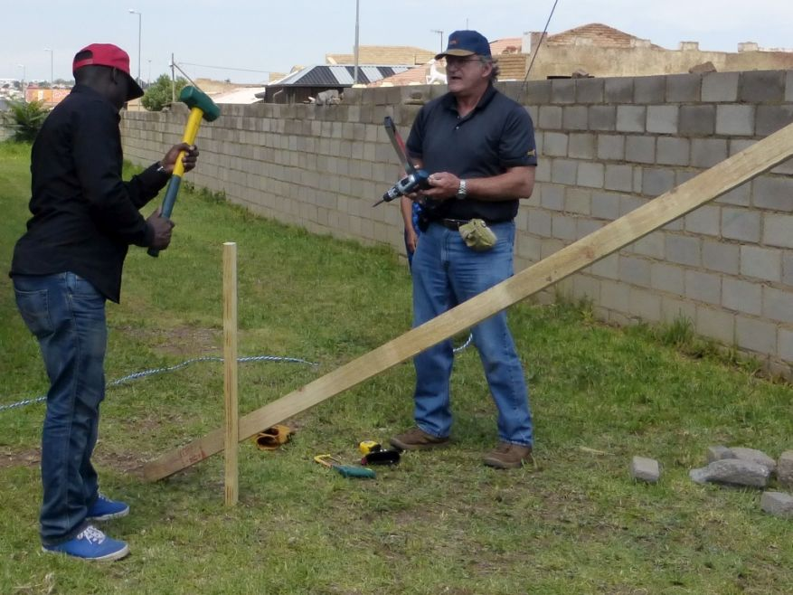 Cross 0063 Soweto - Zola SA Web 22