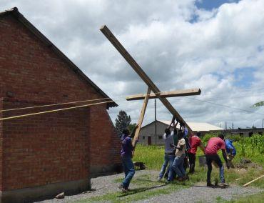 Lifting Cross