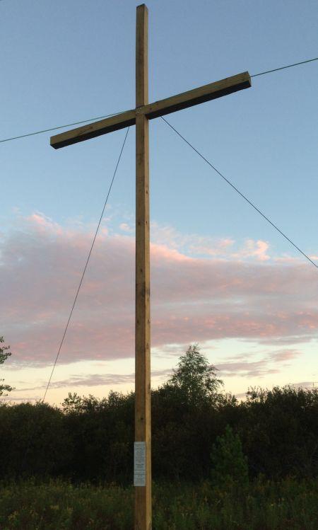 Cross 0119 Hugo MN WEB 01