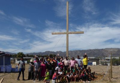 "Strand Renewal Ministries Congregation ""Giving God Glory"" over South Africa as they celebrate the Cross"