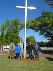 Cross Planting Team commissioned by the mayor