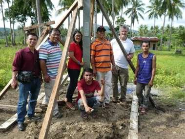 Cross planting team