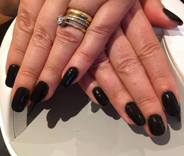 Shellac Nails Frimley Christiane Dowling