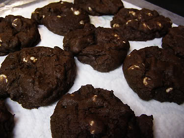 recipe: white chocolate chip chocolate cookies