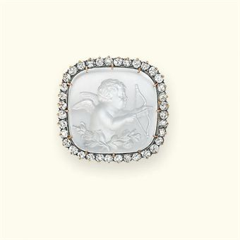 A VICTORIAN MOONSTONE AND DIAMOND BROOCH