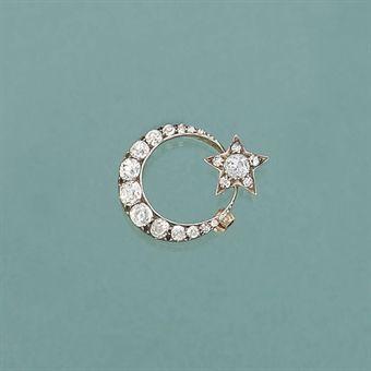 A late Victorian diamond brooch