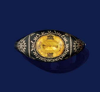 A Victorian tortoise-shell and citrine bangle