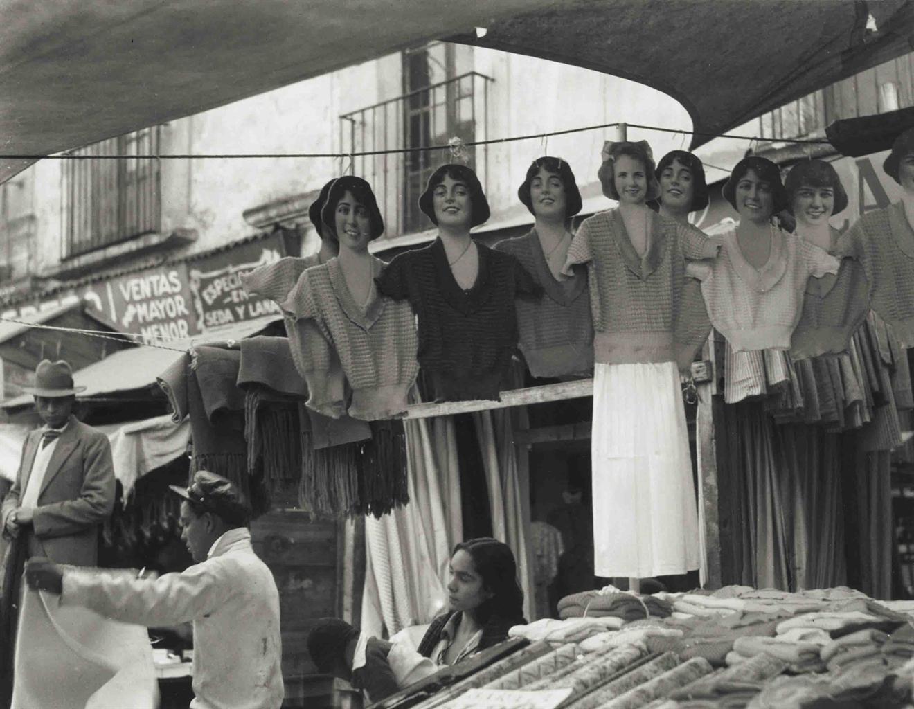 MANUEL ALVAREZ BRAVO 19022002  Maniquis Riendo 1930  1930s Photographs  Christies