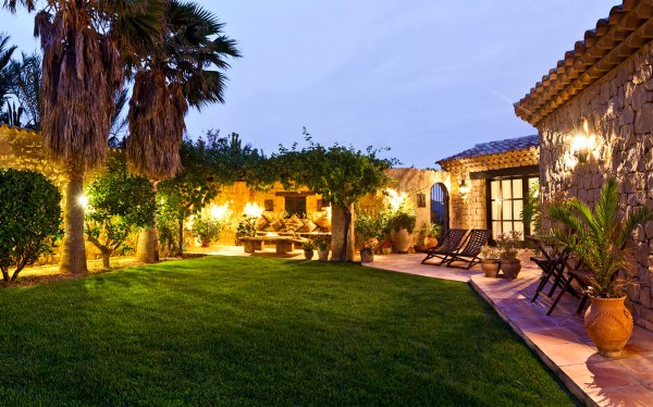 Tuscan-style Homes: Luxury Living | Christie's