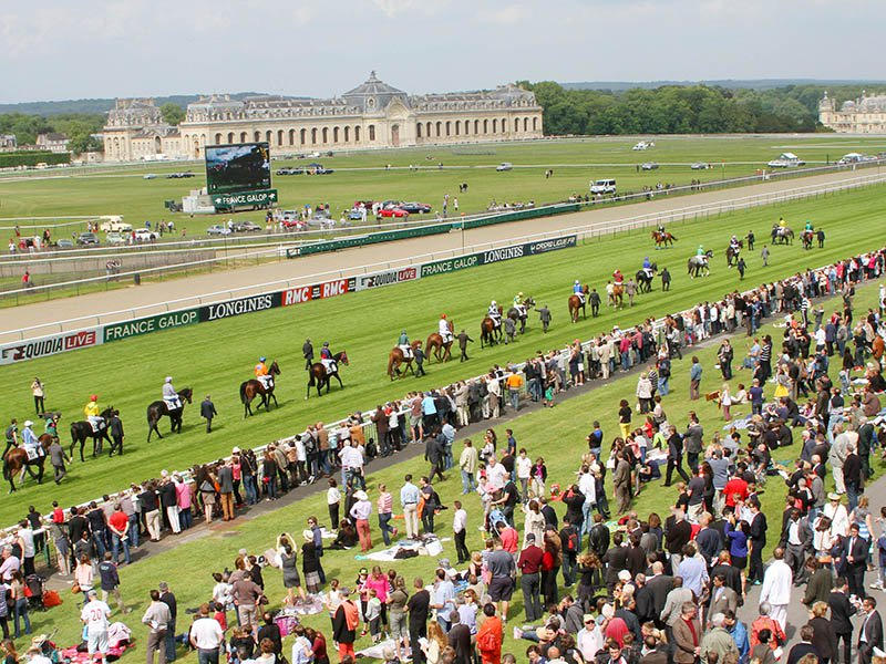 The popular annual Prix de Diane race, held at Chantilly, has long been linked to luxury and glamour – it was initially sponsored by Revlon from 1977-82 and then by Hermès from 1983 to 2007. The current sponsor is the prestige watchmaker Longines.