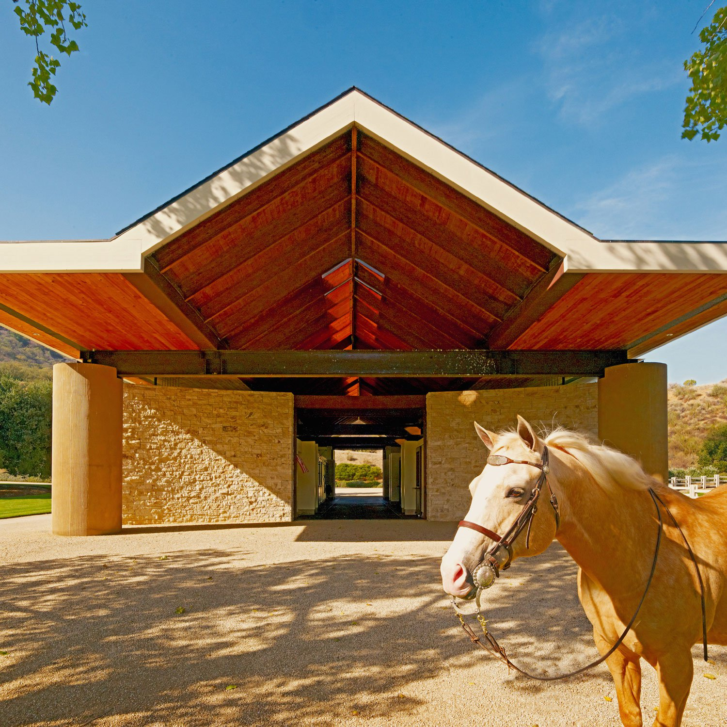 The masterful creation of architect Ugo Sap, the 10,000-acre Stone Canyon Ranch was designed to provide stunning views, maximum seclusion, and communion with nature.