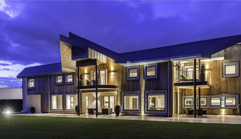 Artistry & Innovation: 8 Contemporary Homes - Christie\'s ...