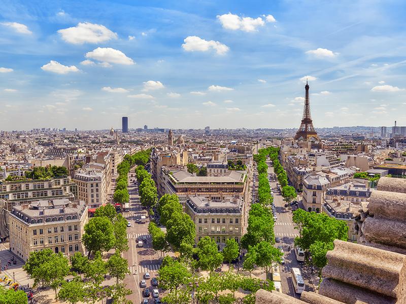 Paris-skyline-streets-Eiffel-tower