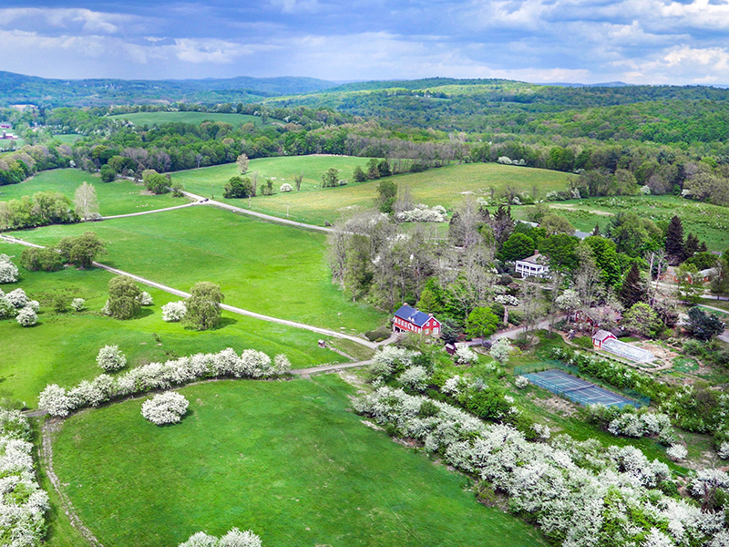 Old-Chatham-estate-grounds-farm-New-York