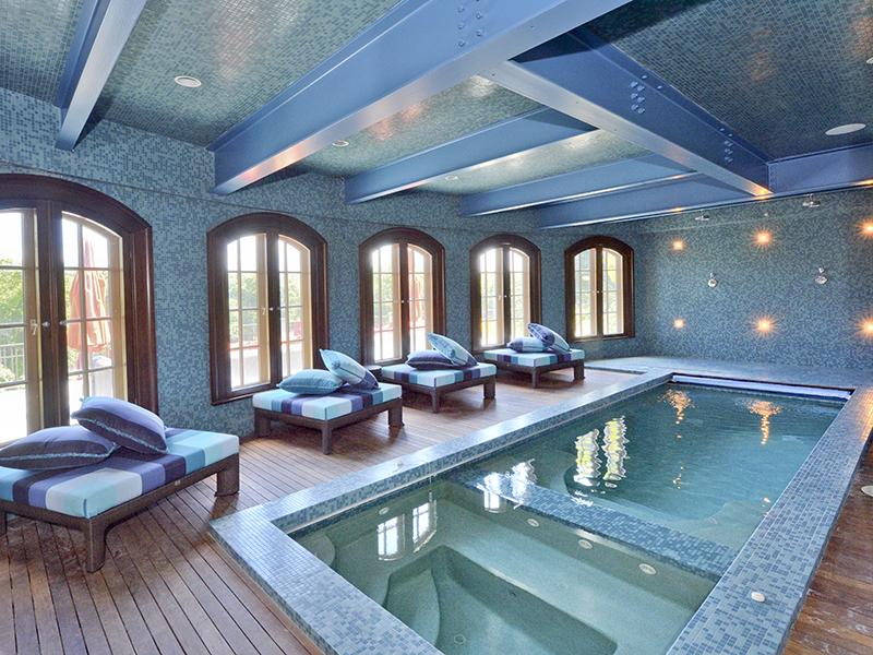 The indoor pool at spa at River Oak Farm