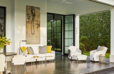 How Designer Suzanne Lovell Incorporates Art in Interior Design
