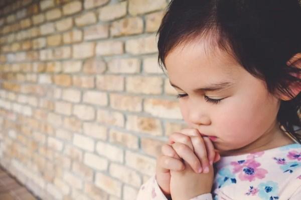 toddler praying