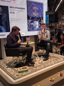 Mats Strandberg pratar om sina böcker.
